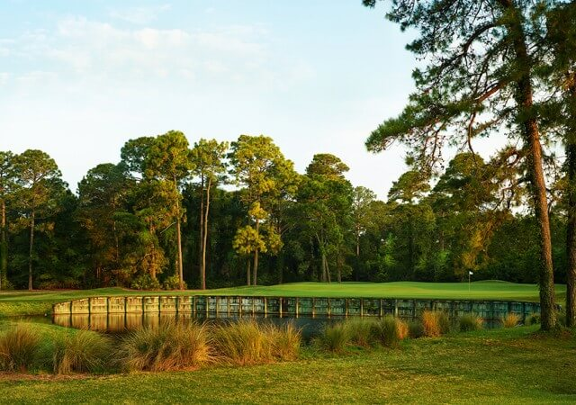 robert-cupps-course-hole-11-green-heritage-golf-collection-1024