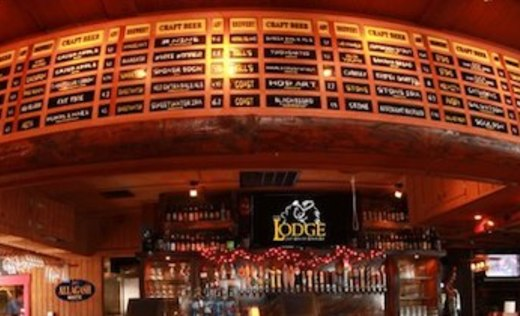 the-lodge-beer-and-growler-bar-and-restaurant-560436