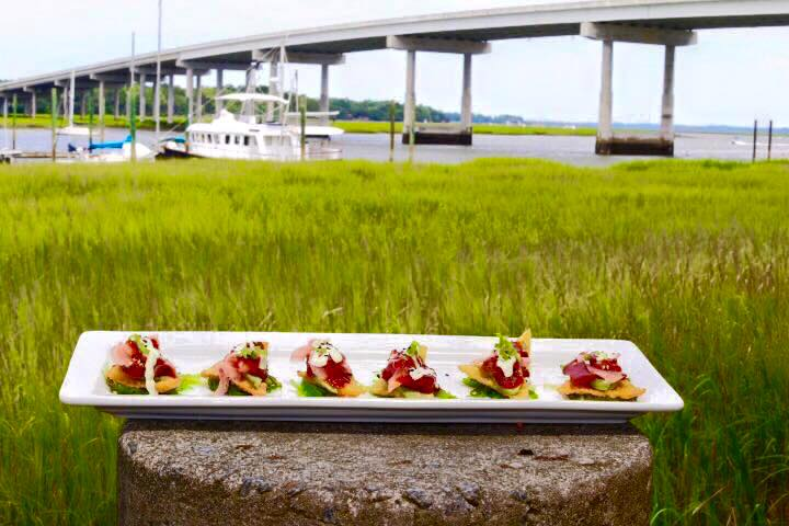 Nine must try lowcountry restaurants island vibe blog for Fish seafood and raw bar hilton head