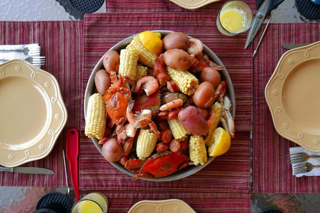 How to Host a Lowcountry Boil at Home