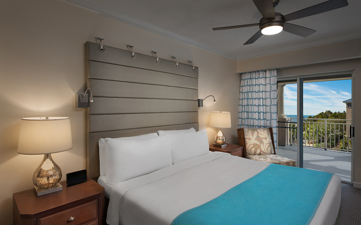 Close To Beach Villa - Master Bedroom
