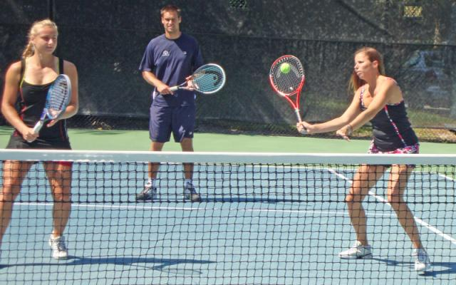 Free Tennis Lessons at Van Der Meer Tennis Center
