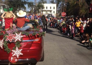 The streets of Old Town are packed with parade spectators. Everybody loves a parade - especially in Bluffton!