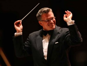 John Morris Russell conducts HHSO.
