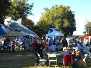 Enjoy your oysters with friends at the Hilton Head Island Oyster Festival, Nov. 8-10!
