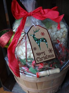 Farmers Market Bluffton (Thursday Dec. 12 and 19 from 2-7 pm) offer up opportunities to pick up those last minute gifts while strolling Calhoun Street in Old Town